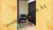 Письменный стол и кресло