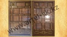 Кованые ворота с резными иконами<br/> и изображениями мечетей